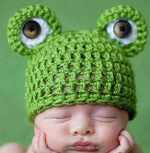 шапочка-лягушка