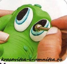глаза крокодала